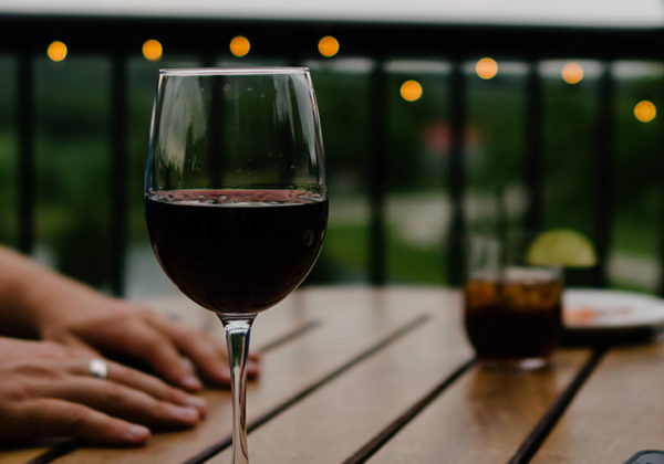 red-wine-seller